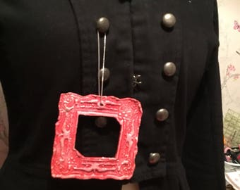 Picture frame brooch