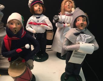 Byers Carolers Small