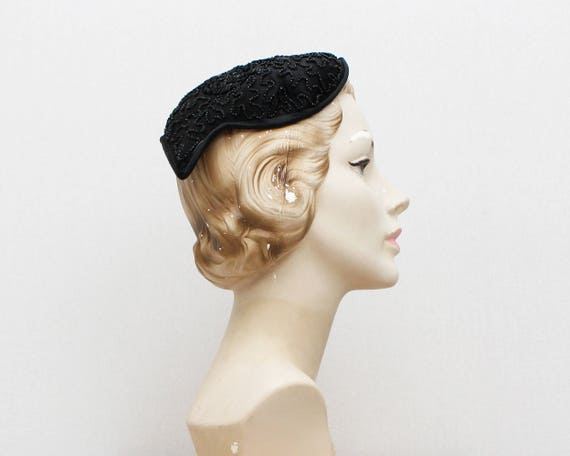 Vintage 1940s Black Beaded Casque Hat