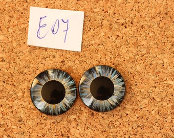 Eye Chips For Blythe Doll  Hand painted pair of eye chips no.E07