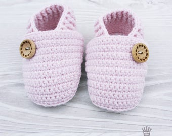 Crochet baby shoes Crochet baby booties 0-3 months Baby moccasins Baby moccs Baby pink shoes Shoes crochet Shoes newborn Handmade shoes