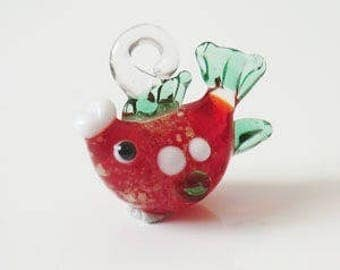 1 x red/green 20mm fish keychain