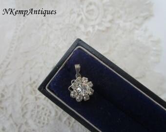 Diamante pendant