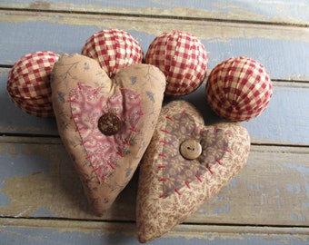 Hearts and Rag Balls  Primitive Wine and Tea Dye 2.5 Inch Fabric Balls and Fabric Heart Ornament Bowl Filler