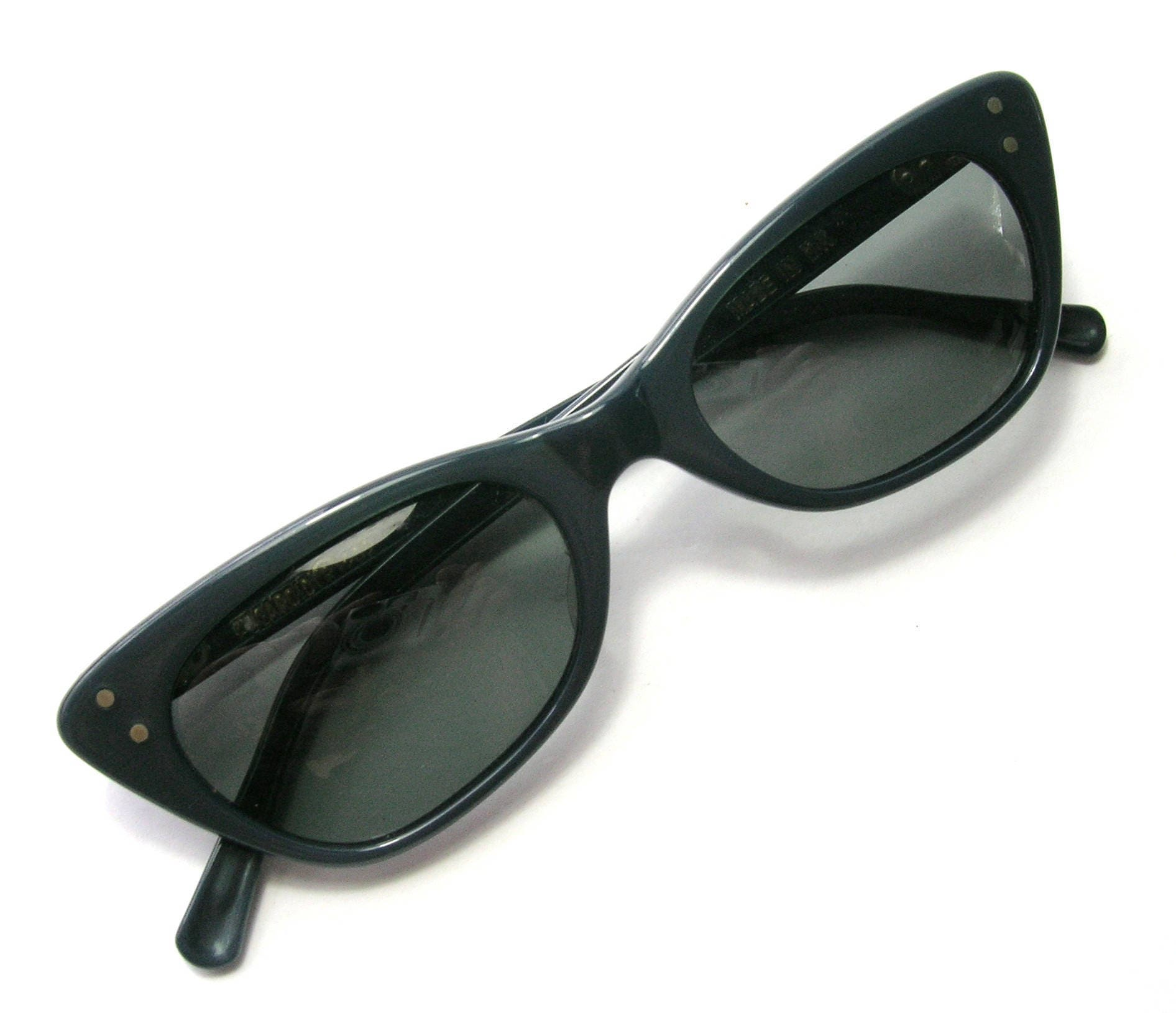 6ee33bba14 1950s SMALL Polaroid Cat Eye Sunglasses - Original Case - Blue Black Cat Eye  Frames