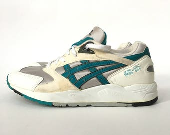 Original Vintage 1993 Asics Gel-121 Teal 3M Reflective Running Sneakers - Gently Used Mens Size 9