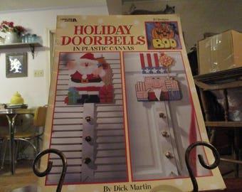 "Plastic Canvas ""Holiday Doorbells"" by Leisure Arts"