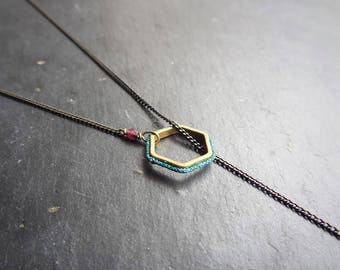 Back/brass, silk thread necklace jewelry