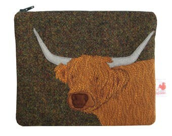 Highland cow purse - Harris Tweed purse - zip purse - kindle case - cosmetic pouch - Highland cow
