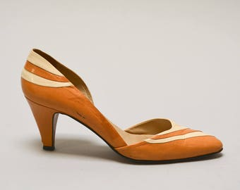 80s Tan D'Orsay Pumps - Vintage Eighties Italian Leather Shoes Two Tone Nude and Cream High Heels Colorblock Pointy Toe Size 7 Leather Soles