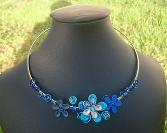 Necklace rigid flowers Orchid, wire aluminum and glass bead faceted