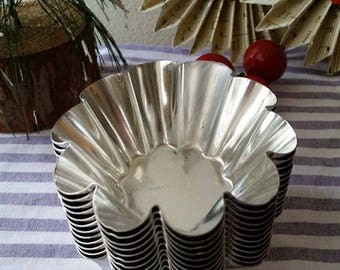 Vintage mini scalloped French tart tins made in France x 12