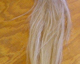 Flaxen/White Horse Tail