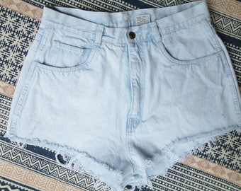 Bill Blass Vintage Light Blue Denim High Wasted Shorts - L
