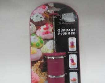 Cupcake Plunger - Make Easy Filled Cupcakes!