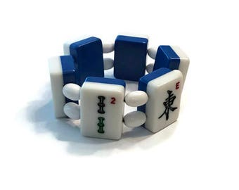 Vintage Mah Jongg Tile Bracelet, Blue and White Lucite Stretch Bracelet, Costume Jewelry
