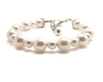 Newborn Bracelet, Baby Bracelet, Baby Pearl Bracelet, Baby Shower Gift, Girls Bracelet, Flower Girl Bracelet, Baby Girl Bracelet (B110-58)