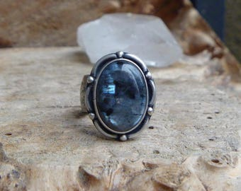 Larvikite sterling silver statement ring // size 7.75 // norwegian moonstone // silver jewelry // metaphysical