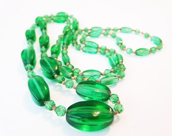 Art Deco Czech Glass Bottle Green Graduated Hand Knotted Bead Necklace