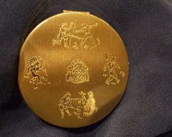 Vintage Den Mother Goldtone Compact , Unusual Volupte Old Powder Compact, Cub Scouts of America
