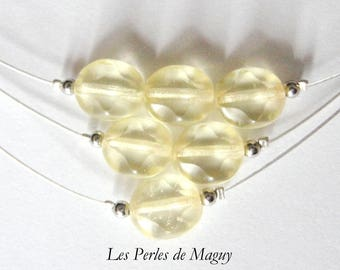 Necklace three rows of silver and pale yellow color