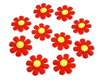 10 daisies in red yellow felt 27 mm