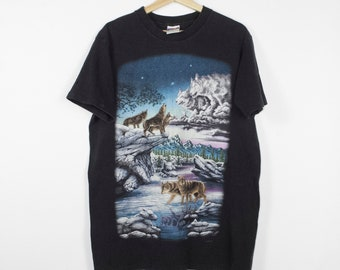 vintage wolf pack nature scene t shirt - 90s - wolves