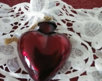 VINTAGE KUGEL MIDWEST Ruby Red Heart Ornament