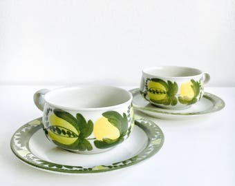 "RARE/MINT/- Hand painted vintage Arabia Finland ""Ateljé"" ceramic coffee cup set include cup and saucer, designed by Raija Uosikkinen, 1970s"