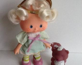 ANGEL CAKE w/ Souffle Vintage Strawberry Shortcake Doll Complete