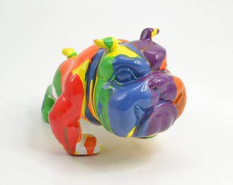 English Bulldog Dog Statue, resin. Height 7 inches / 18 cm. Multicolour model