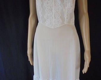 Vintage Mytoni White Nylon And Lace  Petticoat - 1950's   1960's