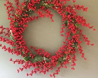 Berry wreath, christmas wreath, door wreath, holly and ivy berry wreath. Holiday wreath. Home and living. Rustc wreath. Christmas decoration