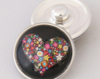 KB2508-AI ~ Art Glass Snap ~ Colorful Kaleidescope Heart on a Black Background