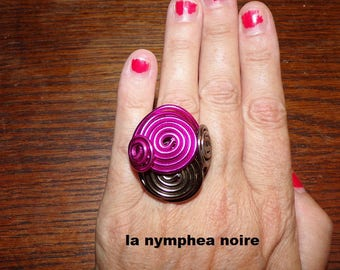 great aluminum ring fuschia and Brown size 57-58