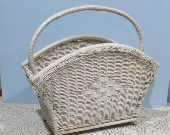 Vintage White Wicker Magazine Holder ~ Towel Holder for Bathroom ~ Cottage Chic Décor ~ Country Cottage Magazine or Needlework Storage