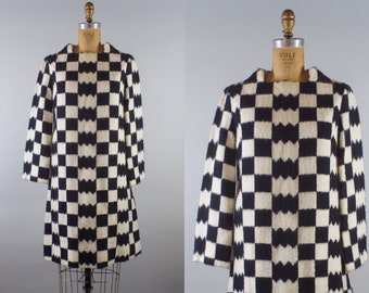 Edie Gladston Dress / Vintage 1960s Mod Black and White Wool Dress / 60s Mod Dress