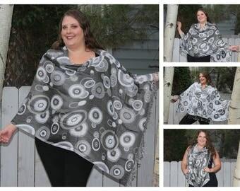 Grey and White Geometric Circle Pashmina Poncho Shawl