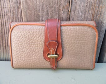 Vintage 1980s Dooney and Bourke Wallet Equestrian Taupe All Weather Pebbled Leather Brown Clutch Bag Checkbook Preppy