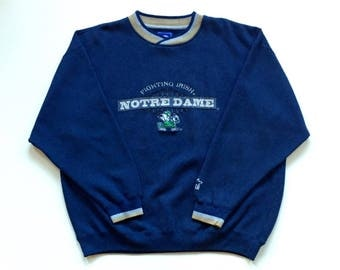 Vintage STARTER Notre Dame Fightin' Irish NCAA Basketball Hip Hop Starter Long Sleeve Crewneck Sweater Sweatshirt, Navy