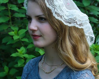 Evintage Veils~ Princess Style St Therese Little Flower Triple Ruffle Traditional Catholic Ivory  Lace  Mantilla Chapel Veil