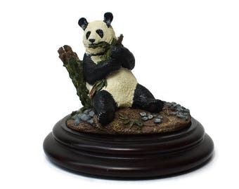 Vintage 1987 Franklin Mint Resin Panda Bear Statute Figurine With Stand Wildlife Preservation Trust International Sculpture Collection