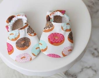 Donuts Baby Shoes, Baby Girl Shoes, Baby Shoes, baby Booties, Donuts Baby, Donuts Baby Shoes, Pink Baby Shoes, Donuts Clothing, Donut Bootie