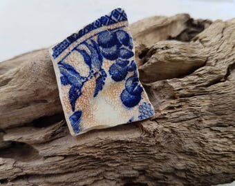 BLUE WILLOW SWALLOWS ~ Sea Worn Pottery Pieces ~ Thames Mudlarking Finds ~ English Beach Finds
