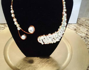 Wire Choker Pearl Necklace