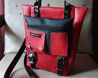 Chic bag in black-red