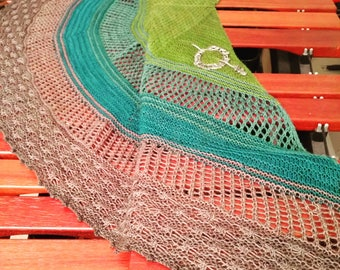Queen of Thorns Shawl