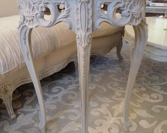 Stunning Antique French Louis Xv Ornate Carvings Painted Side Table Shabby Chic Paris