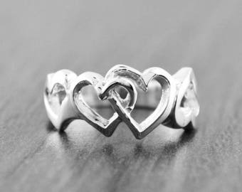 August SALE 925 Sterling Silver Interlocking Hearts Ladies Ring