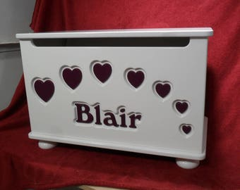 Personalized Toybox with Hearts. Design 3